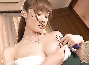 Asian,Japanese,Solo Girls,milfs in japan,Erito,asian,japanese,solo girl,natural tits,Toys,masturbation,shaved pussy Yuna Gets A Special Gift