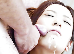 Asian,Facial,Japanese,MILF,Amateur Yui Kasuga fucked with toys and...