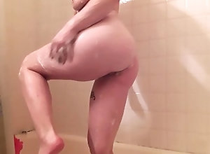 kink;latin;pee;in;tub;peeing;spanking;ass;smacking;shower;shower;scene;shower;tease;tease;cock;tease;wet;body;wet,Asian;Fetish;Latina;Verified Amateurs;Pissing;Solo Female;Tattooed Women Watersports, Ass Smacking and Suds