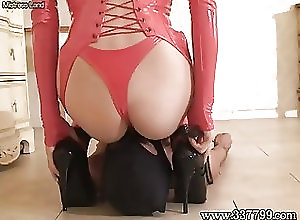BDSM;Face Sitting;Japanese;Mistress;Slave;Japanese Mistress;Sitting;Mistress Land Japanese mistress LISA face sitting...