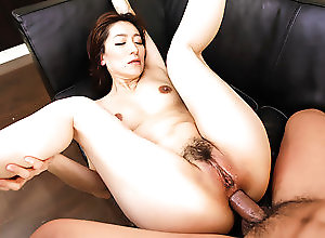 Asian,Blowjob,Japanese,Anal,MILF Marina Matsumoto threesome sex in...