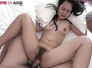 Asian,Creampie,Hardcore,Hairy,Amateur,Missionary,Thai Porn Tiny hairy Asian girl creampied by a...